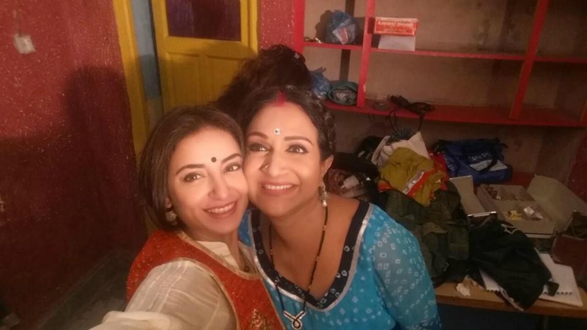 Bushra Ansari and Sarwat Gillani in drama Seeta