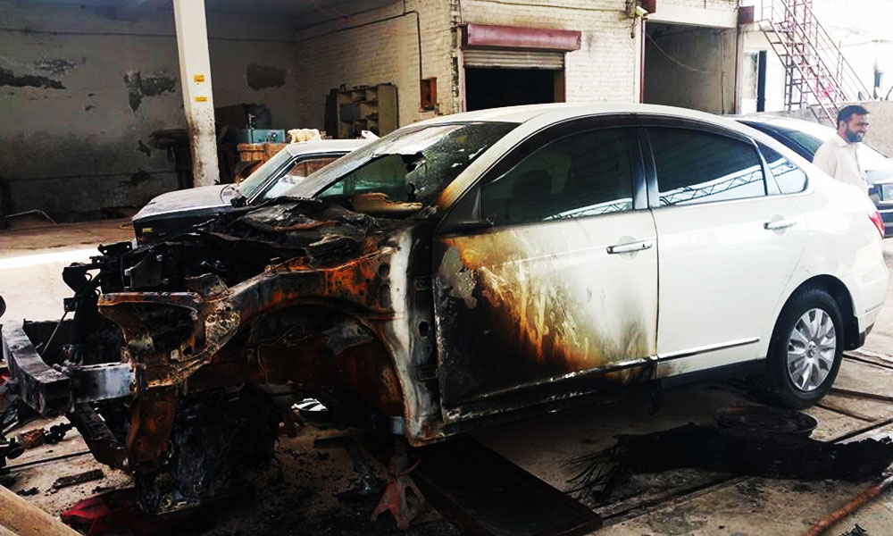Cars-Cathcing-Fire-in-Pakistan