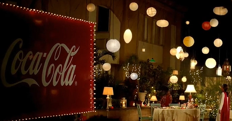 Coca Cola Brings Chalo Saath Khayen with Adnan Siddiqui