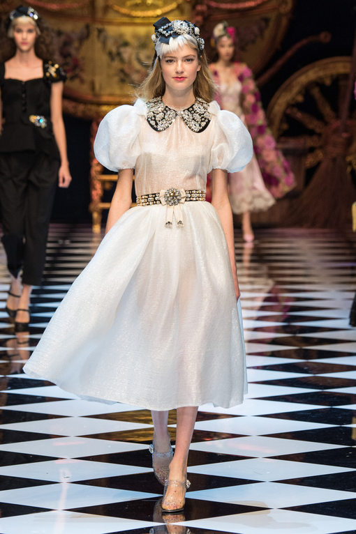 D&G fairy tale fashion show