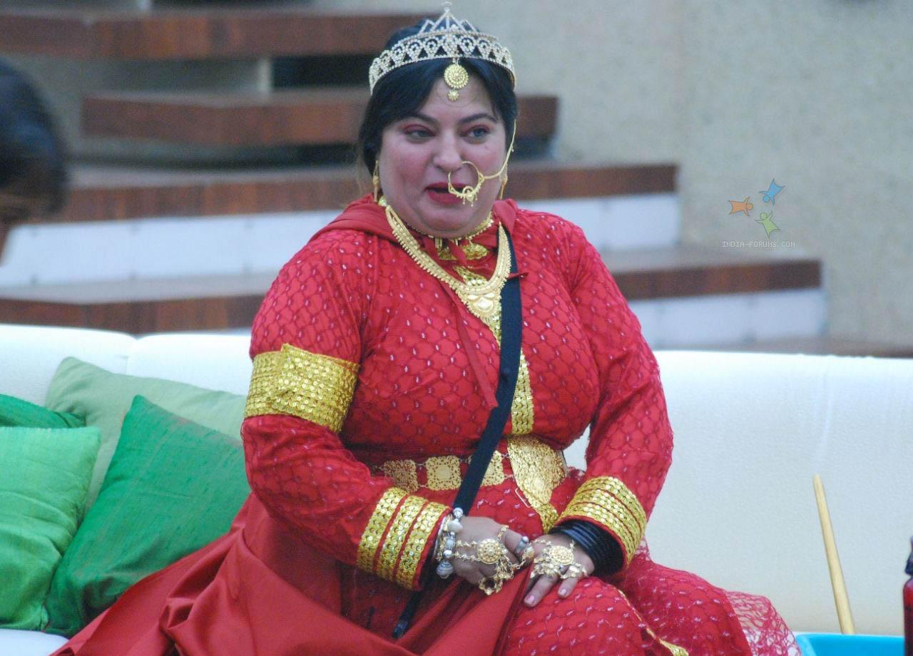 Dolly-Bindra-Bigg-Boss