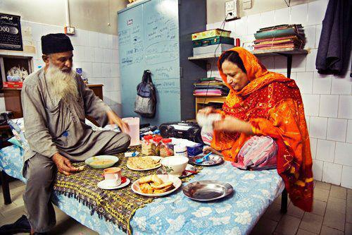 Edhi-with-his-wife