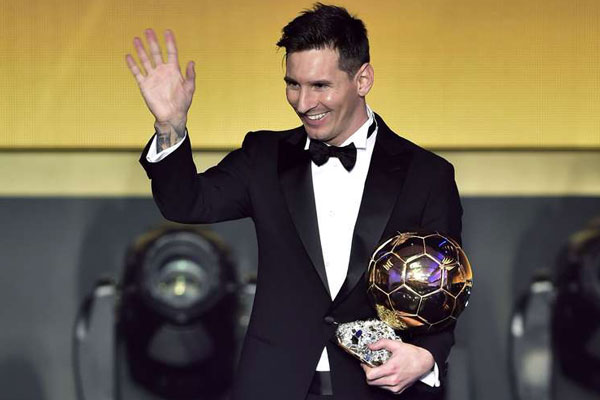 FC Barcelona and Argentina's forward Lionel Messi after receiving the 2015 Fifa Ballon d'Or award for player of the year during the 2015 Fifa Ballon d'Or award ceremony