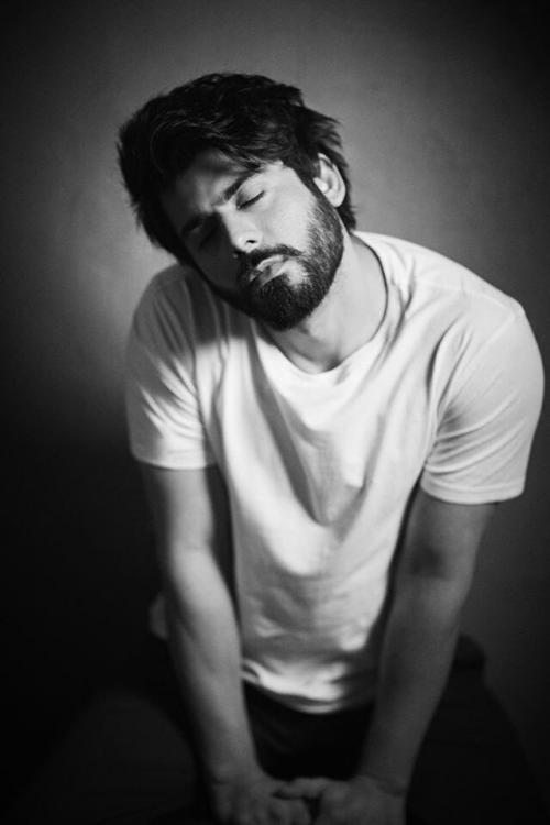 fawad-khan-photoshoot-4