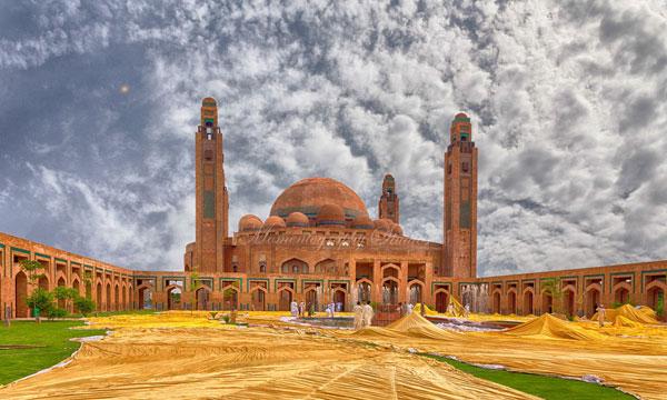 Grand-Masjid-Jamia-Lahore
