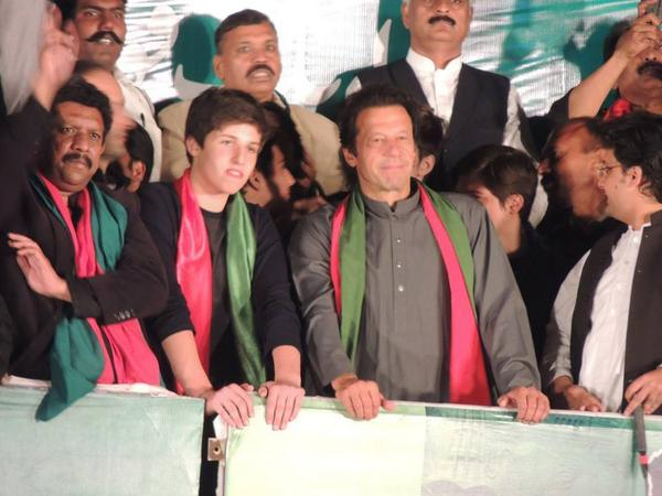 Imran Khan With Sons 5