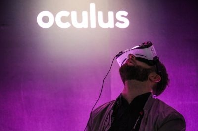 In 2014, Oculus partnered with Samsung for the latter's Gear VR