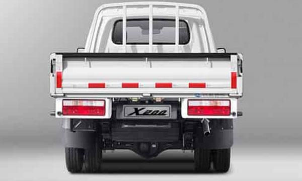 JAC-X200-rear