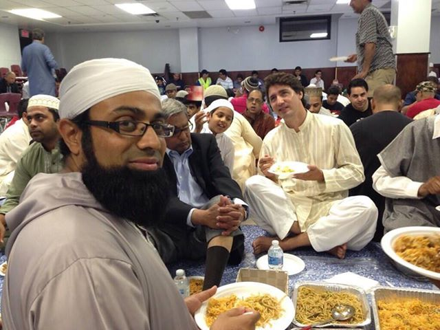 Justin Trudeau having Biryani with Muslims in Canada Mosque