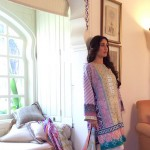 Kareena Kapoor Endorses Faraz Manans Crescent Lawn Collection 20141