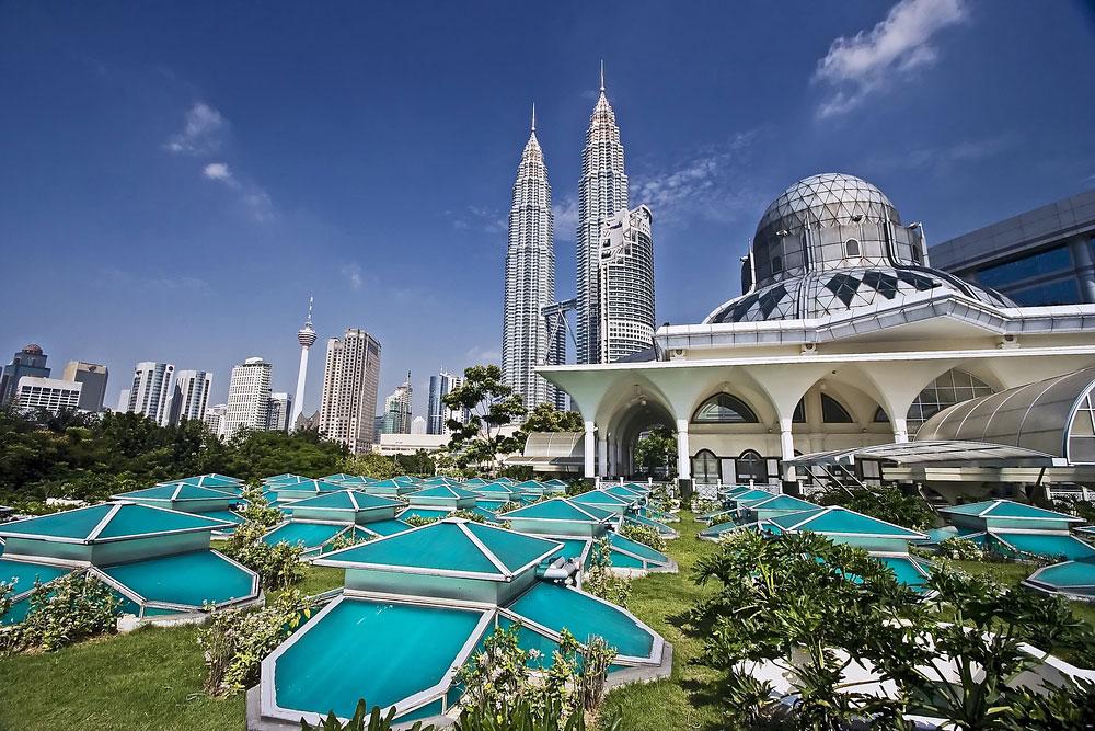 Kuala Lumpur Malaysia Patronus Towers Gardens
