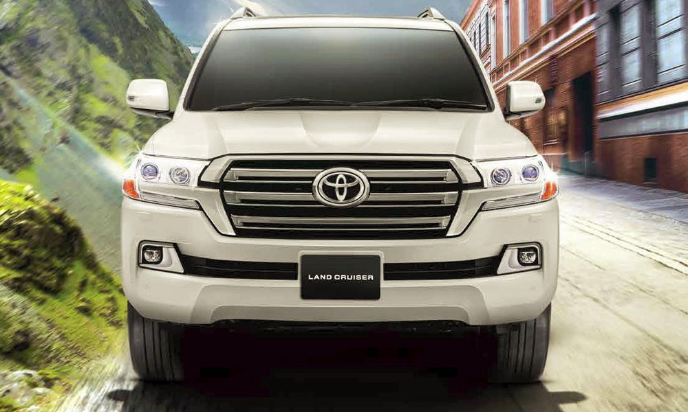 The King Of Road All Newtoyota Land Cruiser 2016 Has Been Launched In Stan By Indus Motor Company Imc Toyota S Cruisers Iconic