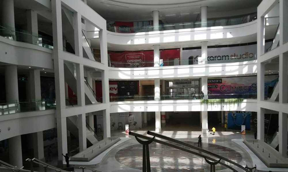 LuckyOne-Mall-Inside