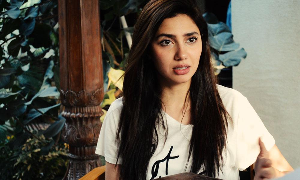2017 fashion ads - Mahira Khan Up Close Amp Personal With Brandsynario