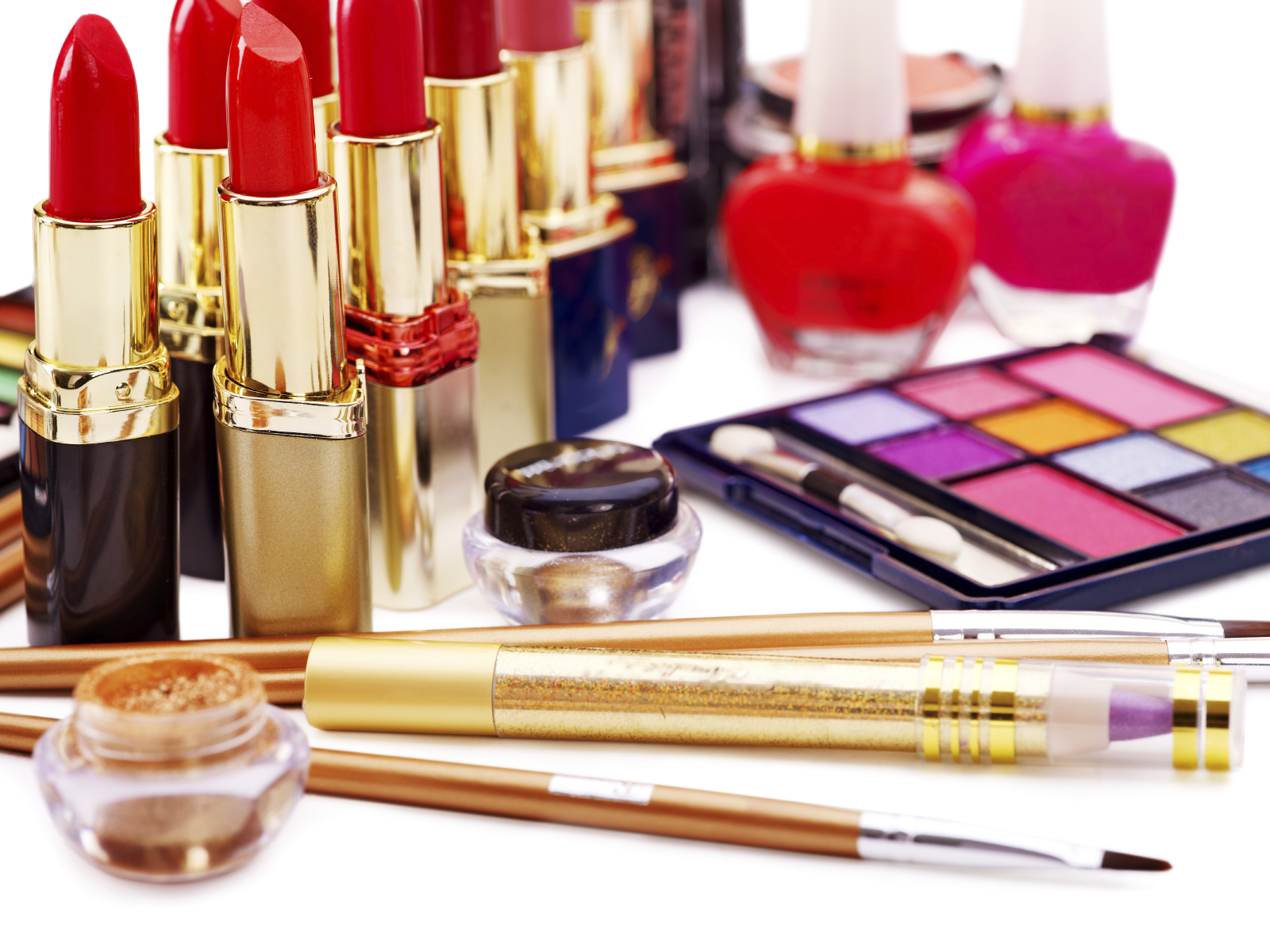 Halal makeup the latest in natural cosmetics brandsynario for Salon equipment and supplies