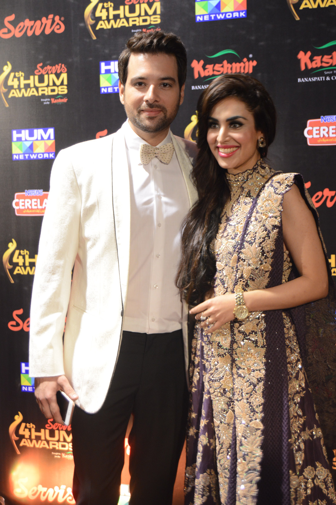 Mikaal Zulfiqar with Wife on HUM Awards Red Carpet