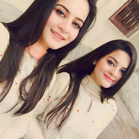 Pakistani actresses Minal Khan and Aiman Khan