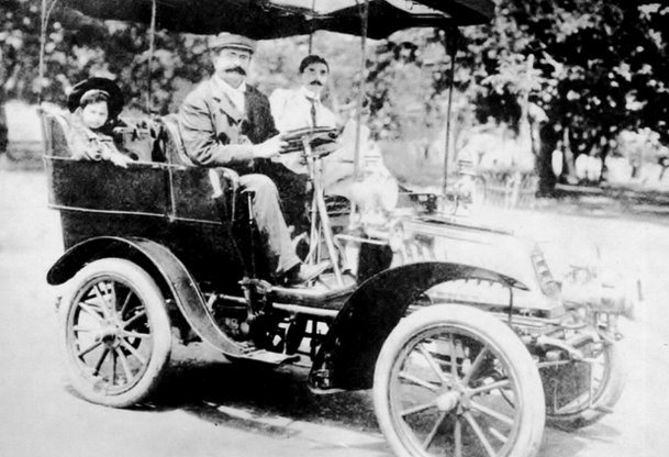 Mr Jinnah in his car with his parsi freind