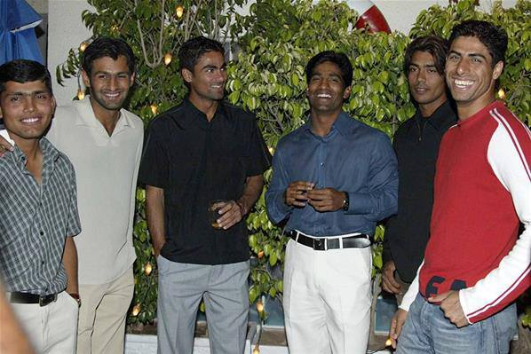 Pakistani Cricketers' Rare & Unseen Pictures - Brandsynario