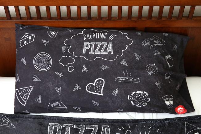 Pizza Hut Clothing line