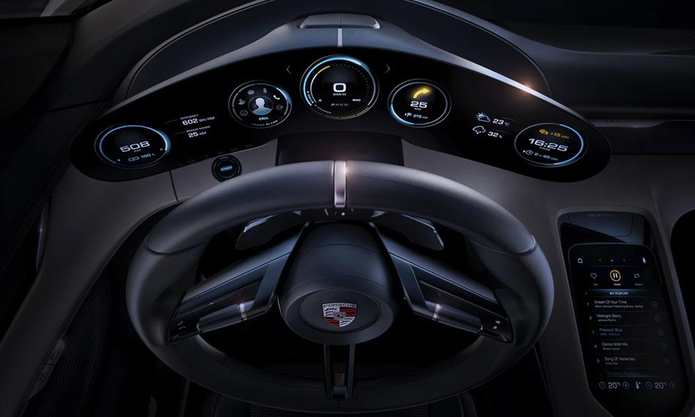 Porsche-Mission-E-Dashboard