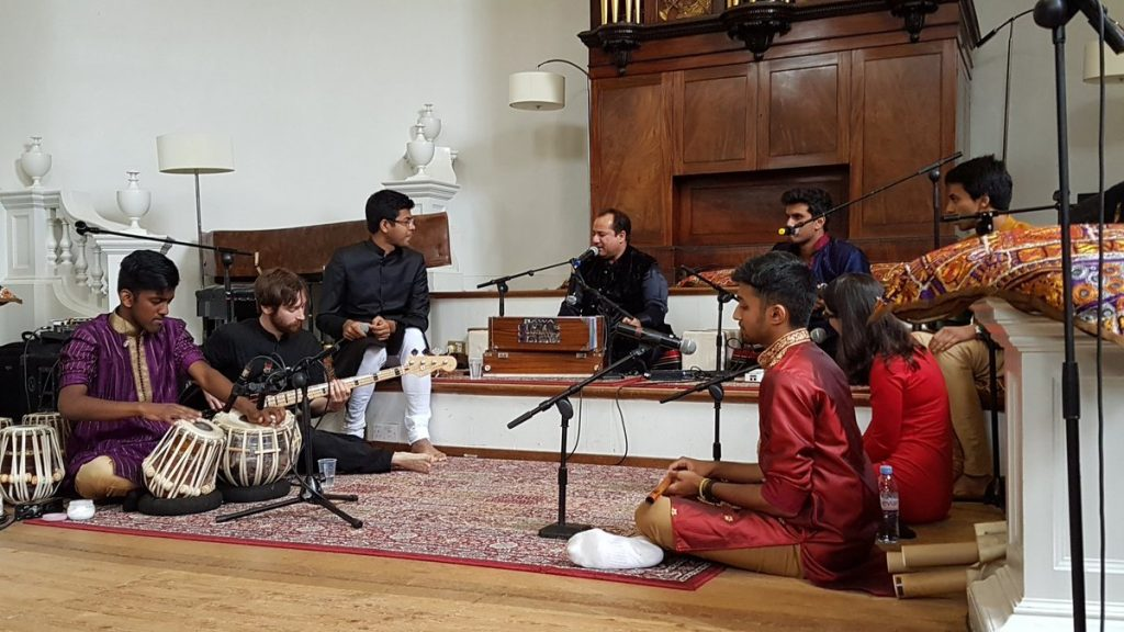 Rahat Ali Khan performs with the Oxford band, The Fusion Project.