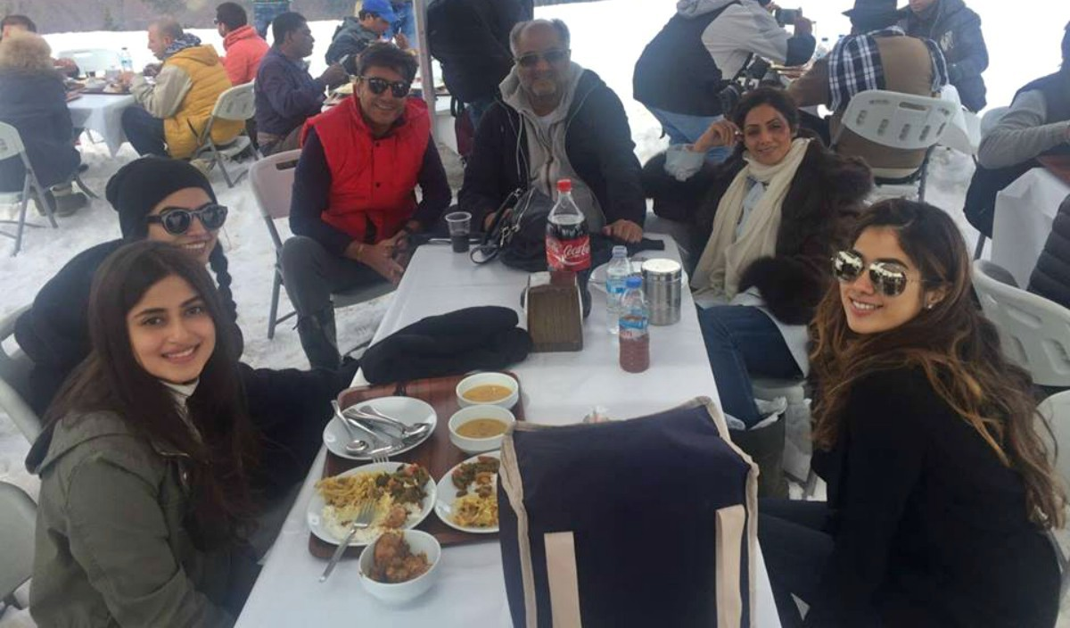 Sajjal aly and Adnan Siddiqui on the sets of Mom