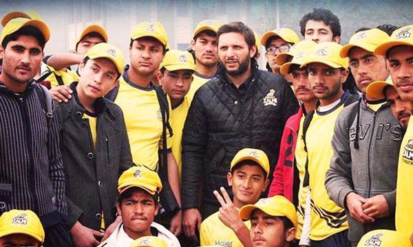 Shahid-Afridi-to-take-APS-survivors-to-Dubai-for-PSL