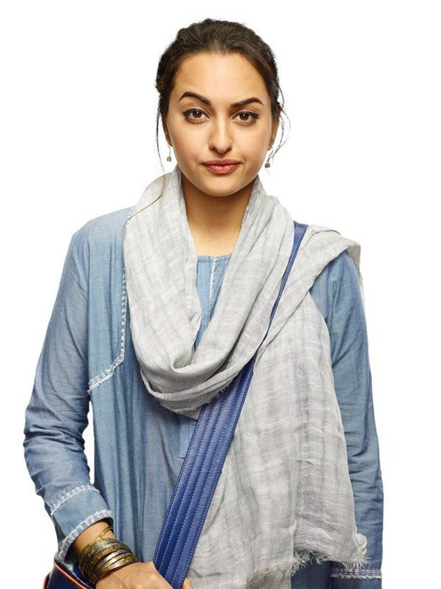 Sonakshi Sinha first look in Noor Movie Revealed