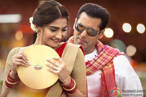 Sonam and Salman in Prem Ratan Dhan Payo (2)