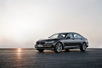 The BMW 7 Series was the Luxury winner.