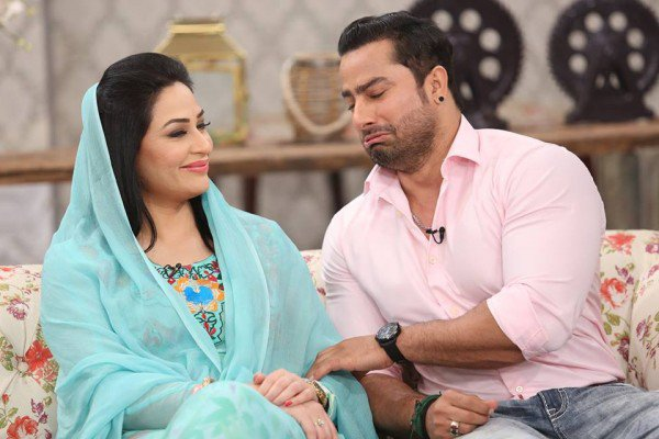 the-reunited-couple-humaira-arshad-and-ahmed-butt-on-screen
