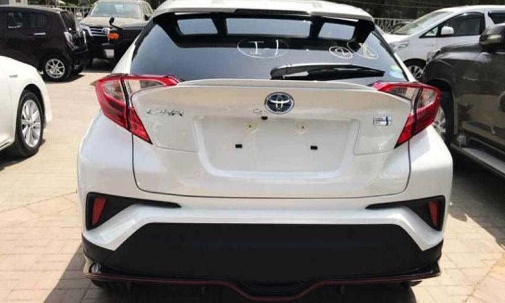 Toyota-C-HR-Trunk