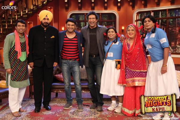 Waseem-Akram-in-Comedy-Night-with-Kapil1
