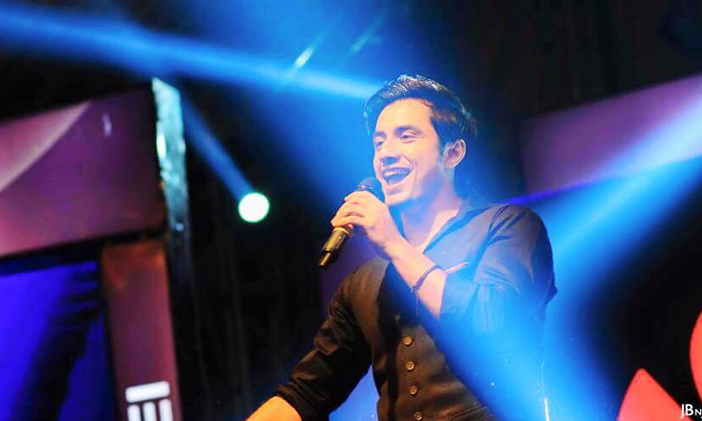 Ali Zafar is Upset with Arijit Singh Replacing his Songs in