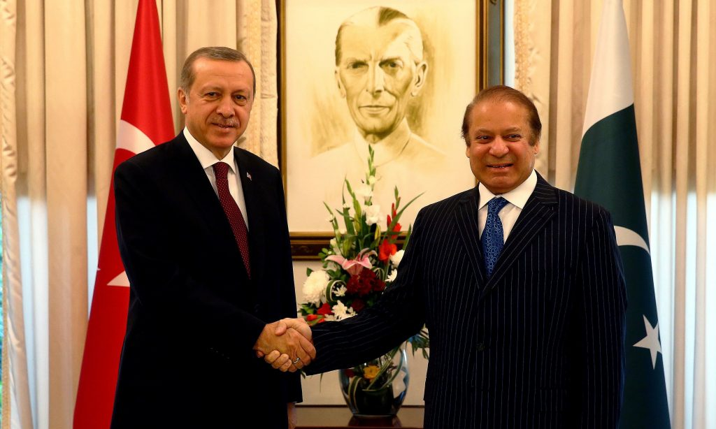 Turkish President Erdogan meets with Pakistan's Prime Minister Sharif in Islamabad