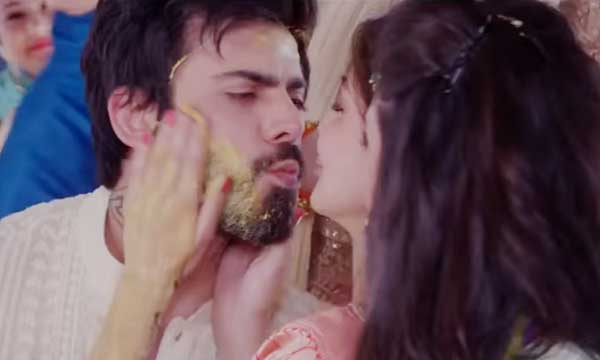 Fawad Khan S Ae Dil Hai Mushkil Movie Deleted Scenes Leaked On Social Media Watch Video Brandsynario The most recent heartthrob of bollywood seems to possess a fine set of pipes along with his acting chops. fawad khan s ae dil hai mushkil movie