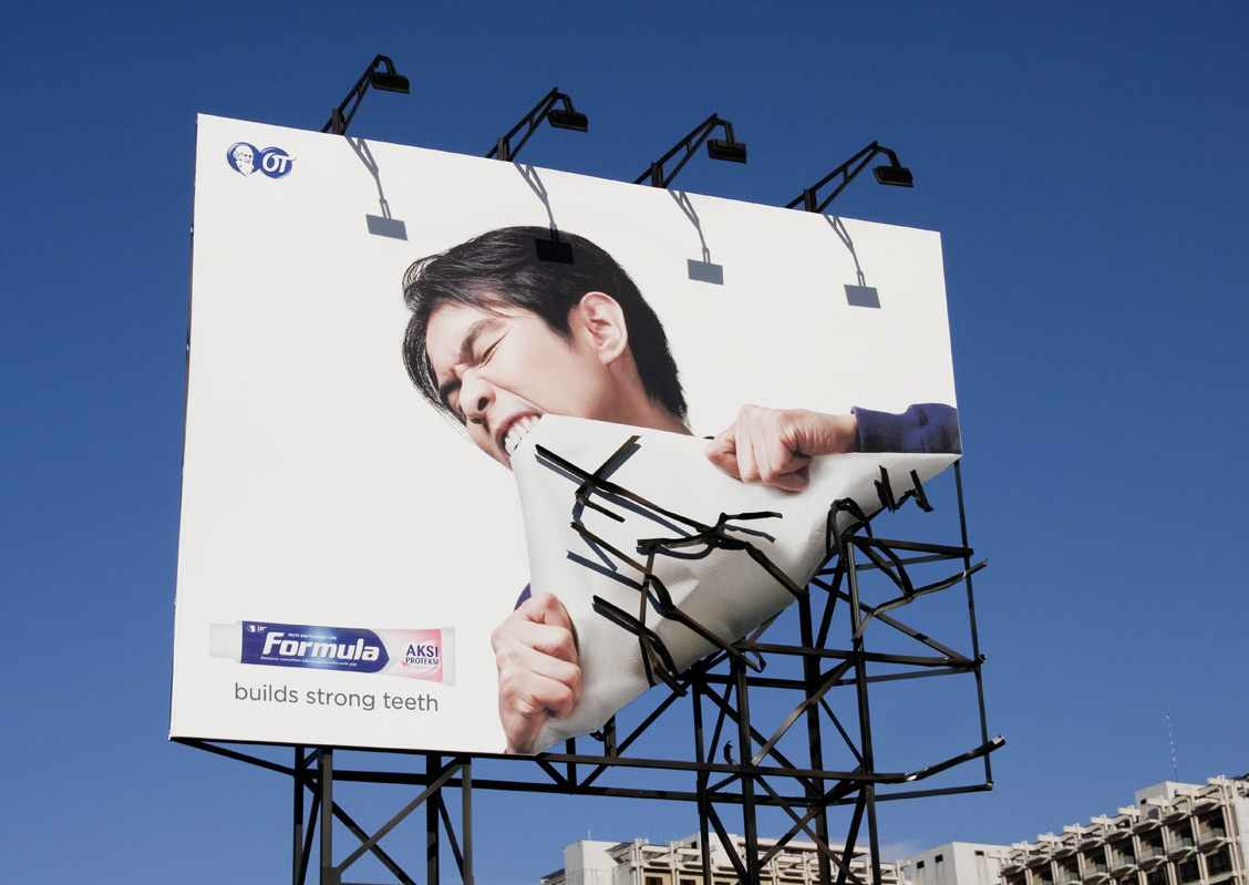 Formula Toothpaste Indonesia Creative OOH