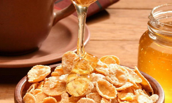 honey with cornflakes
