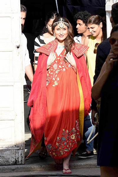 kareena-kapoor-was-spotted-shooting-for-an-ad-at-mehboob-studio-in-mumbai-201609-805856