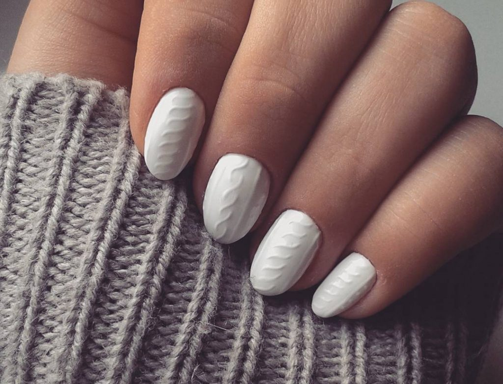 Beauty Trends for Fall 2016: Nail Polishes and Manicures - Brandsynario