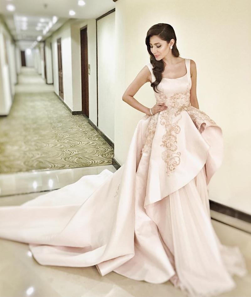 mahira-khan-dress-2