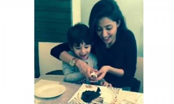 Mahira Khan with Son