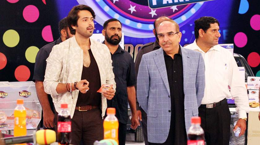 malik-riaz-makes-record-in-fahad-mustafa-jeeto-pakistan