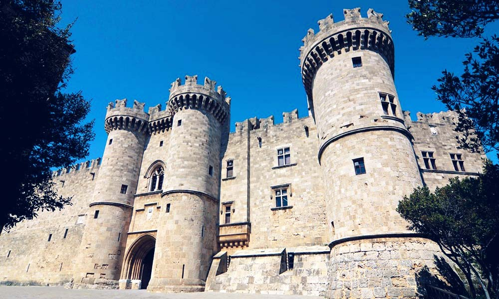 palace-of-the-grand-master-of-the-knights-of-rhodes-greece