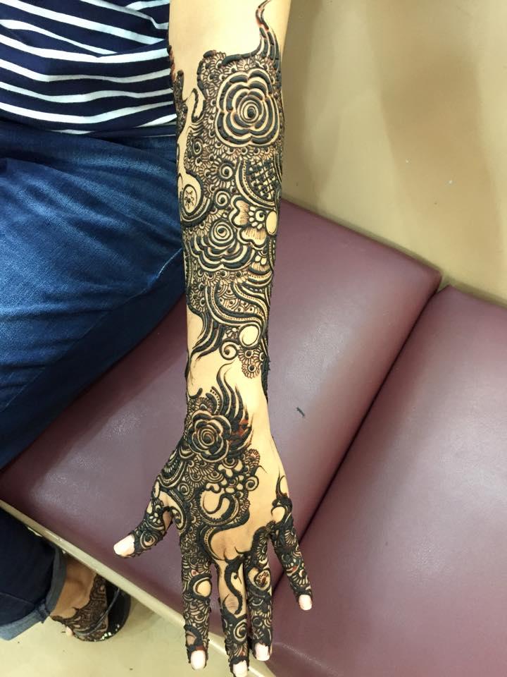 Henna Mehndi Ilford Lane : Best mehndi salons in karachi brandsynario