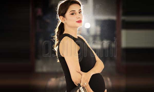 sarwat gilani pregnancy pictures lead
