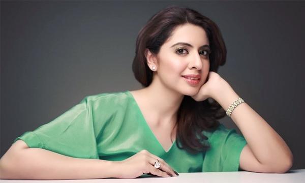sidra-iqbal-on-aaj-news