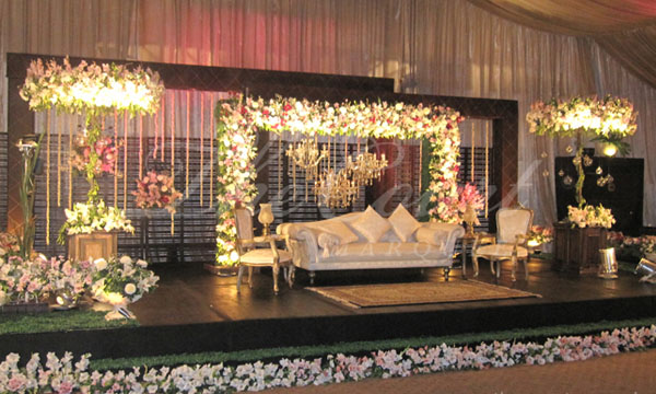 The best wedding banquets in karachi brandsynario one of the finest wedding venues with amenities like security valet parking and classy decorations junglespirit Images