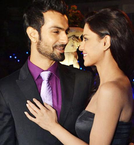 veena-malik-and-Ashmit-Patel